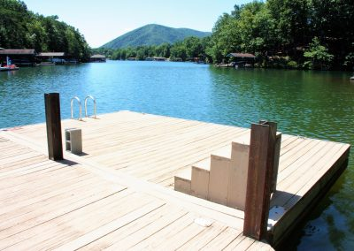 7 Guest House dock